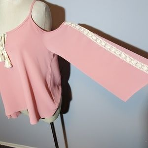 Tops - Crochet Cold shoulder blouse Large